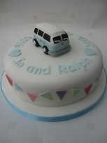 campervan wedding cake
