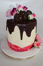 chocolate and flower drip cake