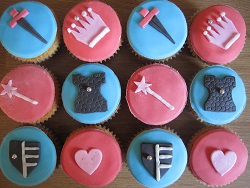 knights and princesses cupcakes