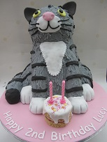 mog birthday cake