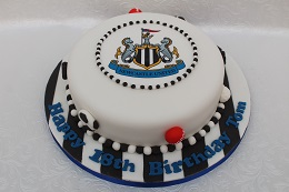 newcastle football birthday cake
