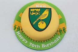 norwich city football cake