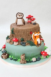 woodland tree stump cake